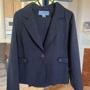 Sag Harbor sz 12P grey suit